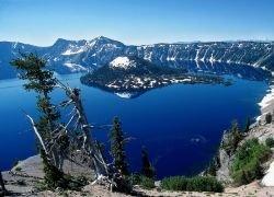 "Пейзажи национального парка \""Кратер Лейк\"" (The Crater Lake )"