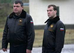 Реформа от Сердюкова: лес рубят - щепки летят