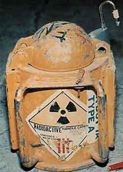 """В 2013 году на США упадет \""""грязная бомба\"""""""