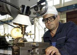 Профсоюзы скрывают данные об увольнениях на предприятиях