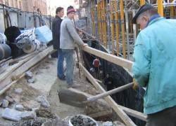 Места гастарбайтеров начали занимать русские строители