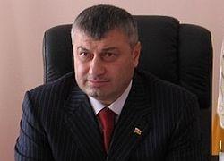 Президента Южной Осетии обвиняют в узурпации власти