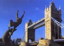 Туристы все чаще едут в Великобританию сдавать сперму