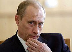 """Путин не ответил на \""""антикризисные\"""" вопросы народа"""