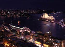 Правительство Австралии призвало население уходить в отпуска