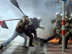 Убийство подростка вызвало массовые беспорядки в Греции