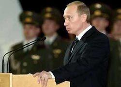Путин подчеркивает свое фактически президентское положение?