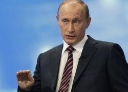 Путин: царь, актер и кризисный менеджер