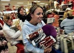 Мировая экономика отражается на поведении американских покупателей