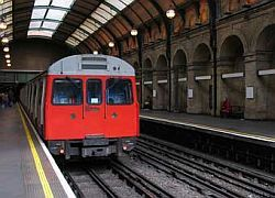 Работники лондонского метро начали 36-часовую забастовку