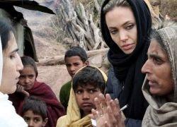 Анжелина Джоли - посол Доброй Воли УВКБ ООН