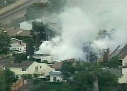 В США боевой истребитель рухнул на жилой квартал