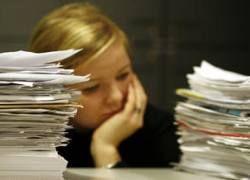 Работодатели пока не увольняют сотрудников, а отправляют их в отпуска