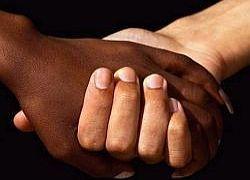 Чем определяется раса человека?