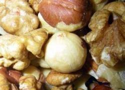 Регулярное потребление орехов снижает давление и холестерин