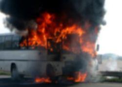 В Индии сгорел автобус: 63 погибших