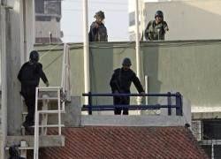 Индийская полиция обнародовала имена и фото мумбайских террористов