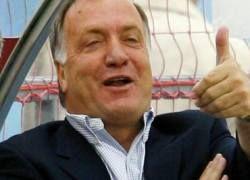 Дик Адвокат признан тренером года в России