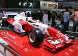 "\""Тойота\"" — самая финансово обеспеченная команда \""Формулы-1\"""