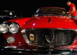 Аукцион раритетных автомобилей RM Auctions в Лондоне