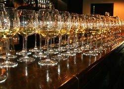 Когда алкоголь полезен? Какие дозы можно считать лечебными