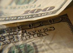 Кому стоит собирать доллары?