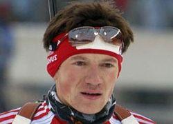 Биатлонист Чудов выиграл серебро в гонке преследования