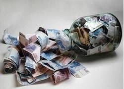 Дискуссии о валюте обнажают раскол в Москве