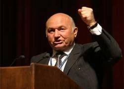 Лужков спасет Россию от кризиса, отняв и поделив?