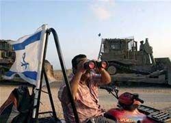 Израиль отказался снять блокаду сектора Газа