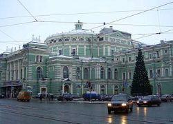 Путин выделит гранты Большому театру и Мариинке