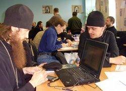 РПЦ призывает повышать культуру общения в Интернете