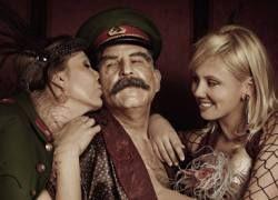 Зачем в России огламуривают сталинизм?