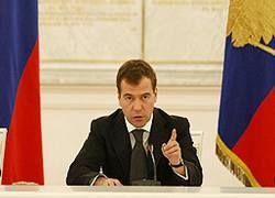 Медведев сбивает с толку кремлеведов