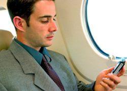 Авиакомпания Ryanair первой в Европе предложила мобильную связь в полете