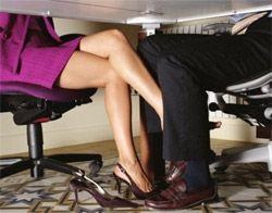 Женщины скрывают  романтическую  заинтересованность  лучше  мужчин