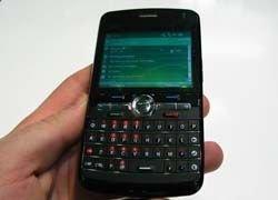 Elektrobit показала гибридный спутниковый GSM-телефон