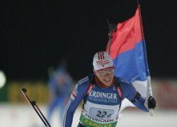 Ольга Зайцева завоевала золото ЧМ по биатлону в гонке с масс-старта