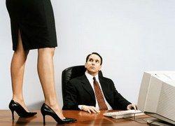 Трудовое порно: прихоть начальника или наивность женщины?
