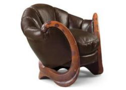 Антикварное кресло дизайнера Эйлин Грей купили за 21,9 млн евро