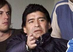 Марадоне грозит год тюрьмы за автомобильную аварию