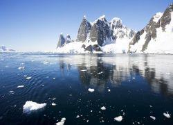 Ученые заметили активное таяние Антарктиды