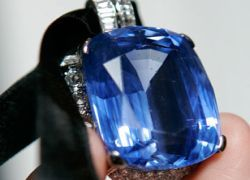 """В интернете появился \""""luxury eBay\"""" для миллионеров"""