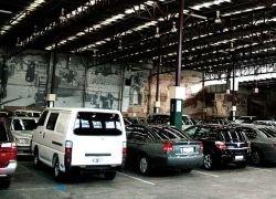 Экспорт китайских автомобилей сократился втрое