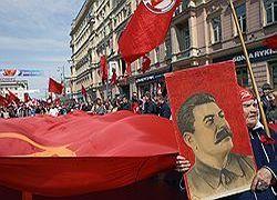 Пропаганда сталинизма выгодна сегодняшней власти?