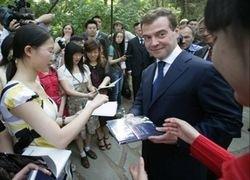 Медведеву пора послушать, о чем говорят на улицах?