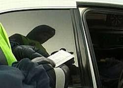 Гаишник помог водителю получить страховку за несуществующую аварию