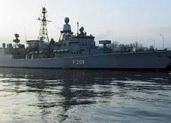 Экипаж немецкого сторожевика задержал 9 сомалийских пиратов