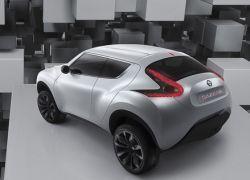 Nissan показал мини-кроссовер
