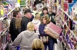 Торговые сети отмечают падение спроса на продукты и обещают резкий рост цен